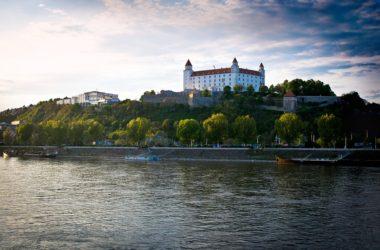 I v Bratislavě můžete ušetřit. Víme, jak levně cestovat po slovenském městě