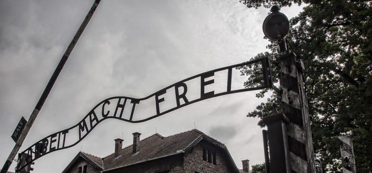 Místa, která navštívit, abychom si připomněli hrůzy holokaustu